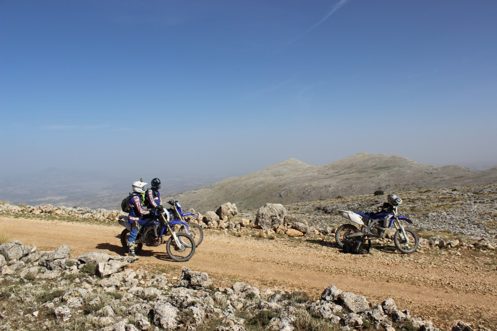 THE RUTA DE LOJA – the new off road motorcycle adventure with Redtread, bikers stopping for a break at high altitude