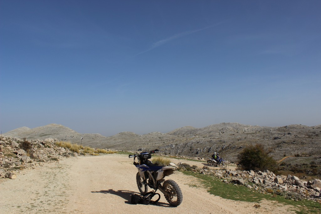 THE RUTA DE LOJA – the new off road motorcycle adventure with Redtread, another view of bikers stopping for a break at high altitude
